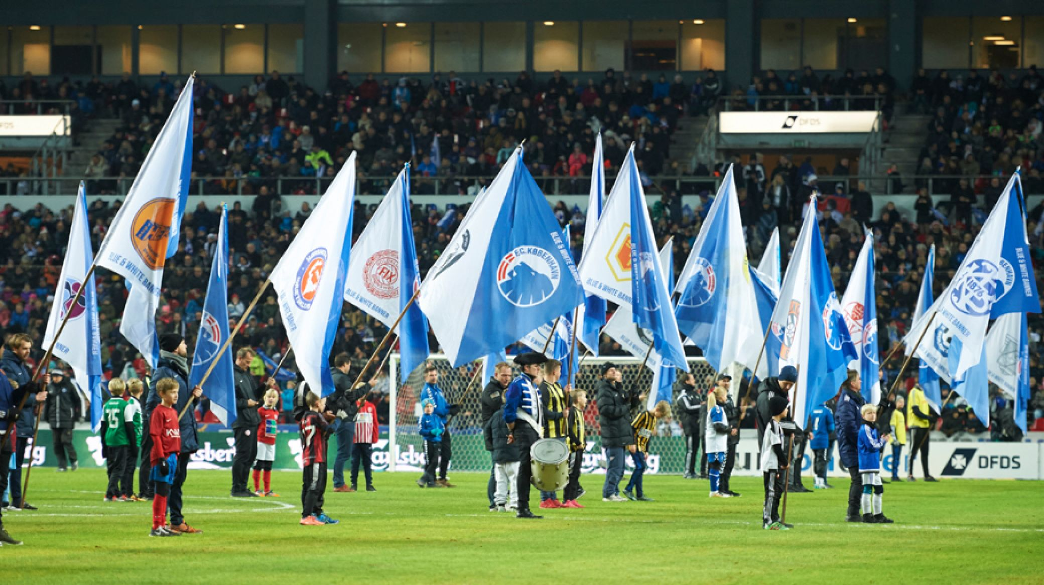Blue & White Banner Day mod Lyngby
