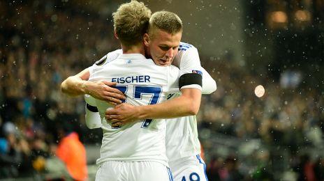 Denis Vavro og Viktor Fischer jubler efter 1-0-målet