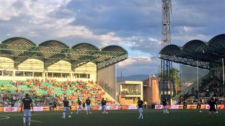 Opvarmning på MSK Zilina stadion