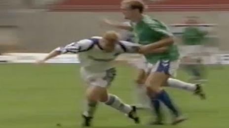 Martin Johansen rives omkuld i feltet