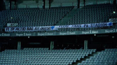 Støttebanner fra FCK-fansene