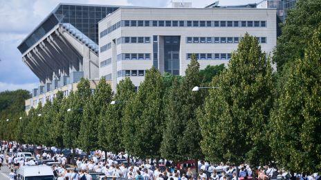 FCK-fans på vej til Parken
