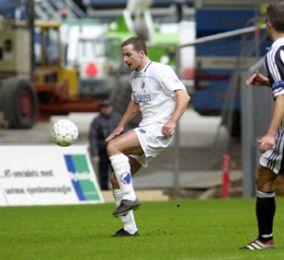 Todi Jónsson scorer til 1-0!