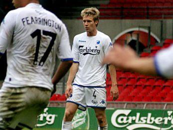 Nikolaj Hansen spillede en god kamp i forsvaret. © FCK.DK