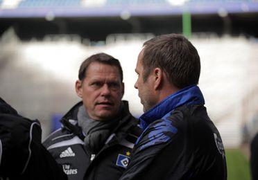 Frank Arnesen og CV talte sammen før kampens begyndelse. Foto: FCK.dk