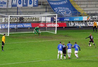 Molde FK vs. F.C. København 1-2 | 22/11 2012 21:05 | UEFA ...